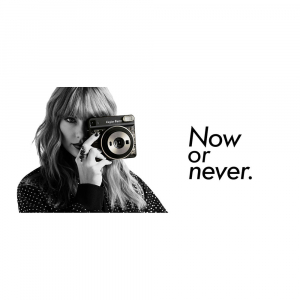 Fujifilm instax SQUARE Taylor Swift Edition -Instant Film Rama neagra (10 bucatii)1