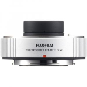 Fujifilm XF 200mm f/2 R LM OIS WR + teleconvertor XF 1.4x TC F2 WR6