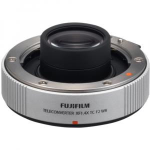 Fujifilm XF 200mm f/2 R LM OIS WR + teleconvertor XF 1.4x TC F2 WR5