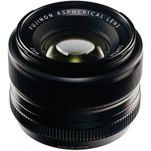 Fujifilm XF 35mm f/1.4 R Black1