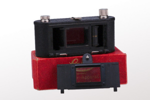 Leica Eldia + cutie - dispozitiv de copiat film (S.H.) [2]