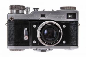Leningrad + Jupiter-8 50mm f/21