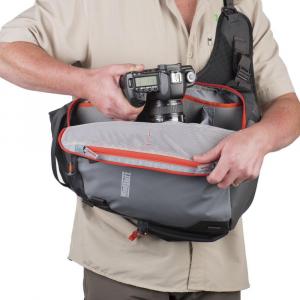 MindShiftGear PhotoCross 10 - Carbon Grey - rucsac cu o singura bretea7