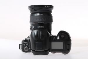 Minolta Dynax 800si + Minolta AF xi 28-105mm f/3,5-4,5 (S.H.)2