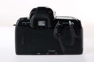 Minolta Dynax 800si + Minolta AF xi 28-105mm f/3,5-4,5 (S.H.)3