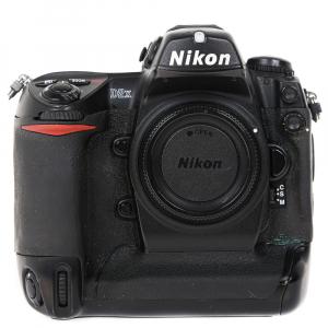 Nikon D2 H +  Nikon D2 X (S.H.) , PACHET1