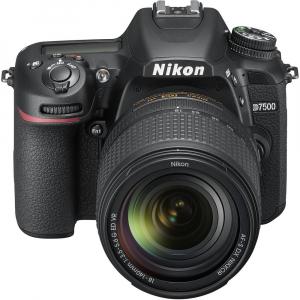 Nikon D7500 kit + Nikon 18-140mm VR2