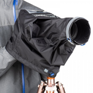 Think Tank Emergency Rain Cover - Medium4
