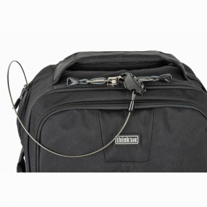 Think Tank Photo Essentials Convertible Rolling (rucsac + troller)17