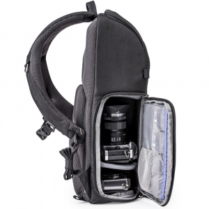 Think Tank Trifecta 8 Mirrorless - Black - rucsac foto4