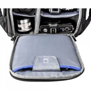Think Tank Trifecta 8 Mirrorless - Black - rucsac foto8