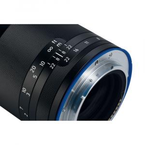 Zeiss Loxia 85mm 2.4 - montura Sony E ( compatibil Full Frame)4