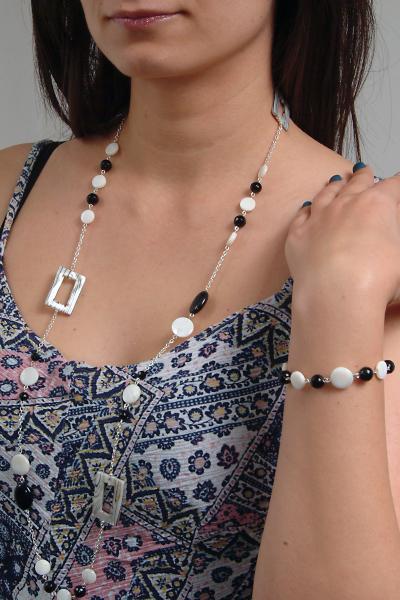 0203(B) Set bijuterii GANELLI pietre semipretioase Onix negru, Onix alb, Sidef - colier lung, bratara 5