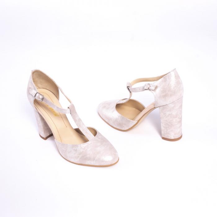 Pantofi dama eleganti decupati piele Nike invest s1041, alb auriu 2