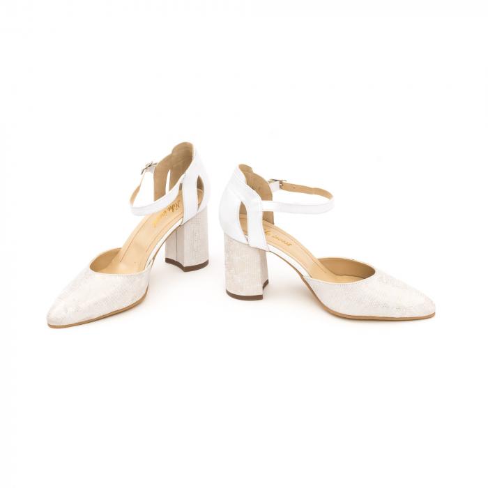 Pantofi dama eleganti decupati piele Nike invest 1207, alb auriu 4
