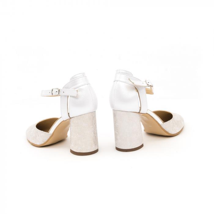 Pantofi dama eleganti decupati piele Nike invest 1207, alb auriu 6