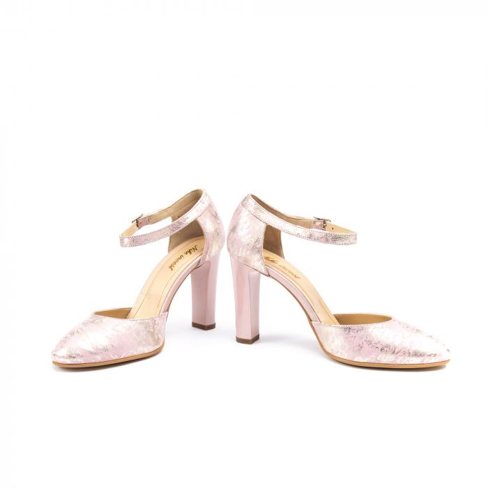 Pantofi decupati 1212 AP 4