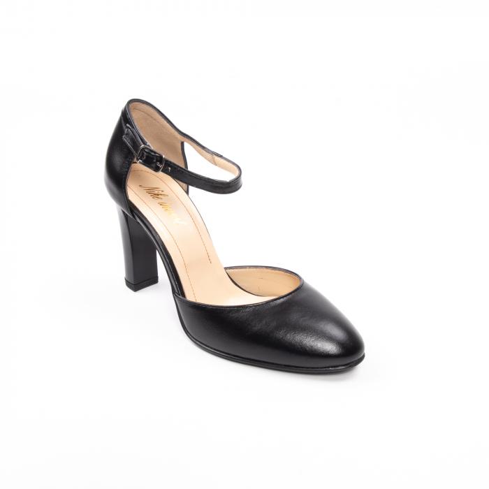Pantofi decupati Nike Invest 1212 AP, negru [0]