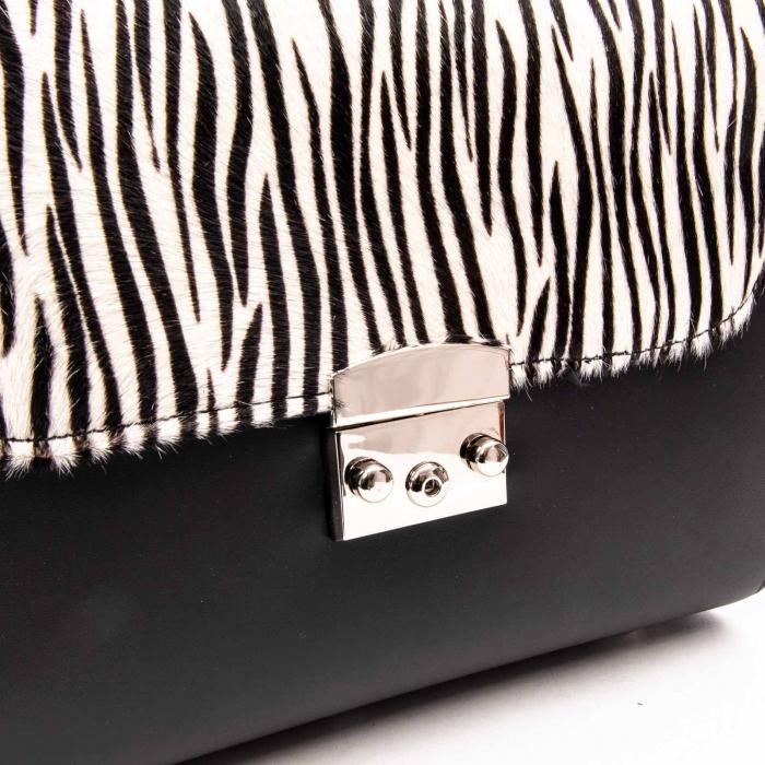 Poseta dama din piele naturala Zenovia alb-negru/zebra 2