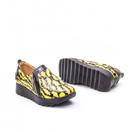 Pantofi casual dama piele naturala Nike Invest  340 galben/negru3