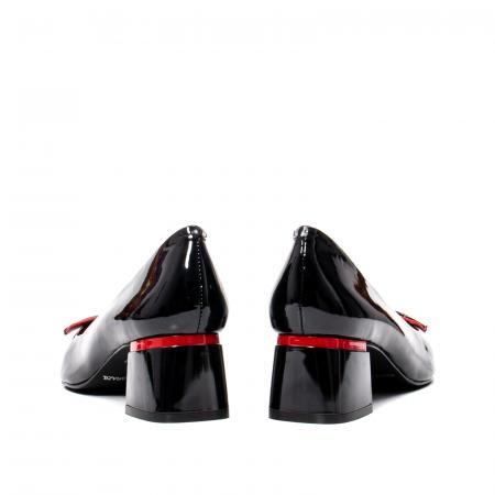 Pantofi eleganti dama cu toc mediu din piele naturala lacuita, OE20616