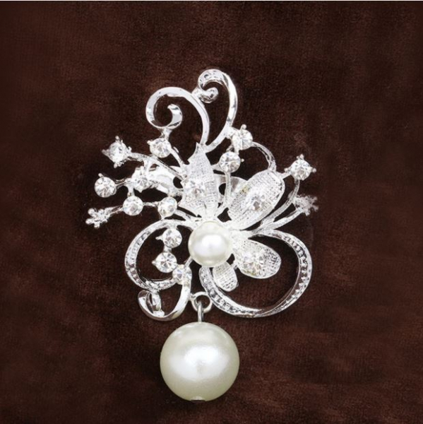 Brosa Flower&Pearls 1