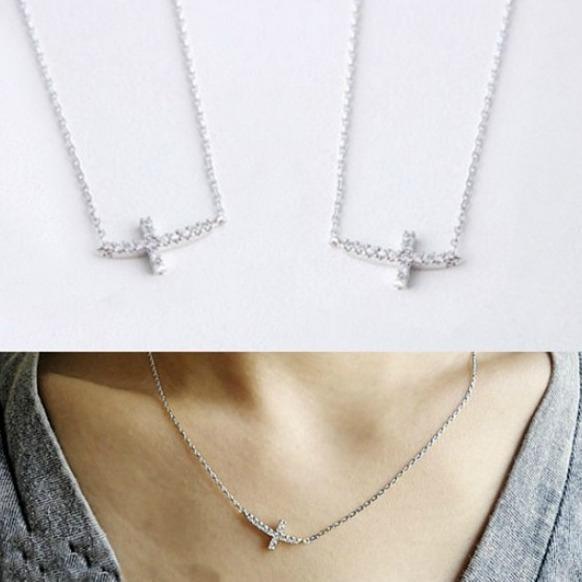 Colier Cross din argint 0