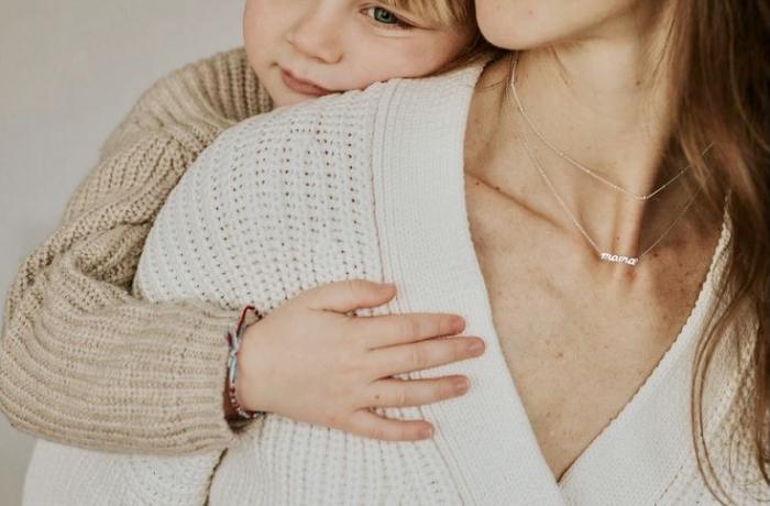 Colier Mama din argint 1
