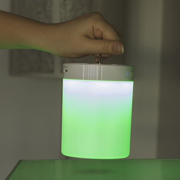 Lampa Touch Colour Changing cu speaker wireless 9
