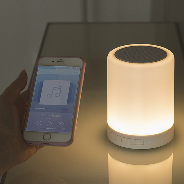 Lampa Touch Colour Changing cu speaker wireless 0