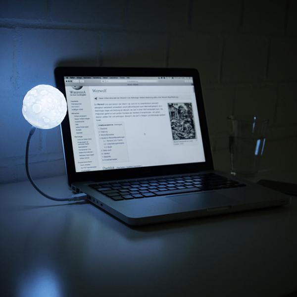 Lampa USB Luna 0