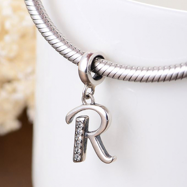 Pandantiv argint Litera R 3