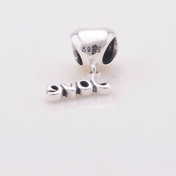 Pandantiv Love argint 1