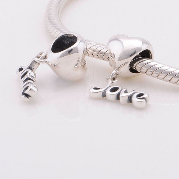 Pandantiv Love argint 2