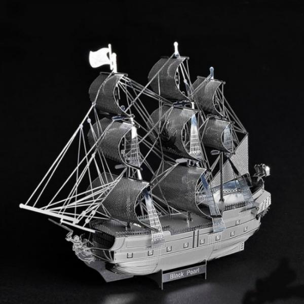 Puzzle metalic nano 3D  – Corabia Black Pearl 1