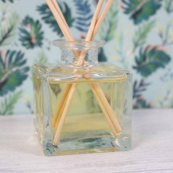 Set difuzor si betisoare parfumate - Noroc 1