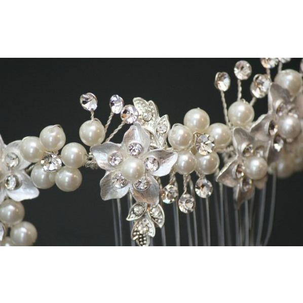 Tiara Agrafa Flower Pearl 1
