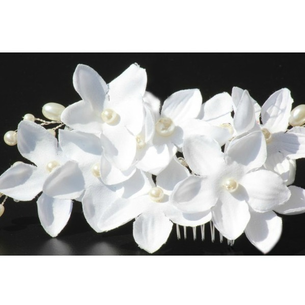 Tiara Agrafa White Flowers  3