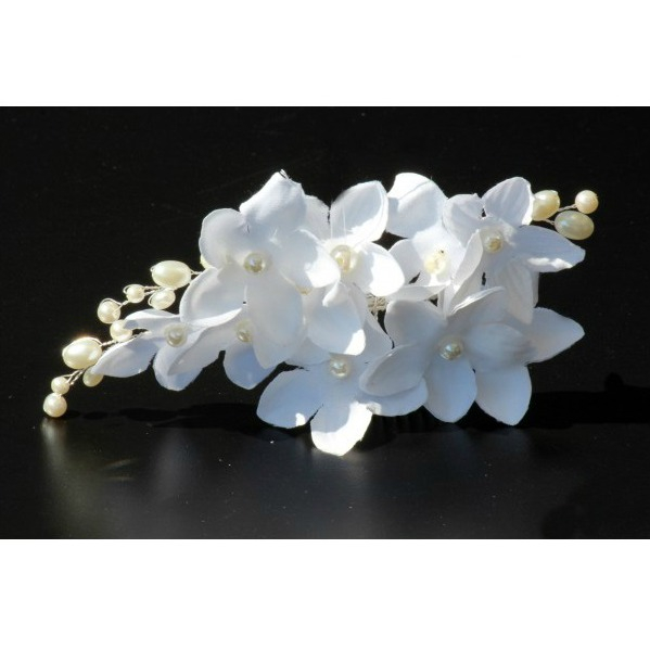 Tiara Agrafa White Flowers  1