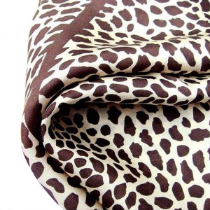 Esarfa din matase Leopard3