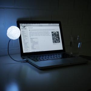 Lampa USB Luna0