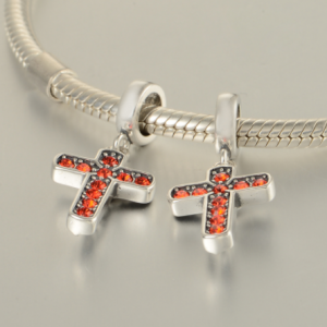 Pandantiv Cruce argint – cristale rosii [5]