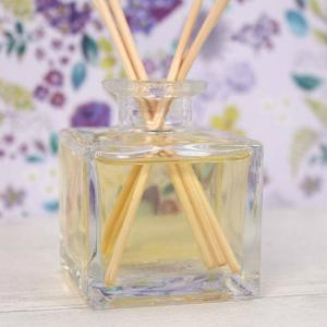 Set difuzor si betisoare parfumate - Prietenie2
