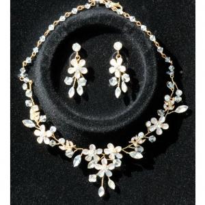 Set tiara, colier si cercei Gold Sparkle5