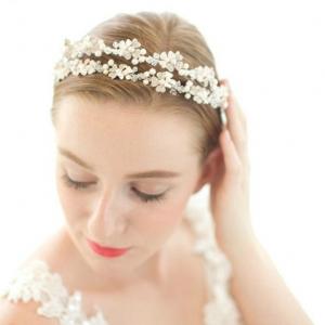 Tiara Lovely Bride0