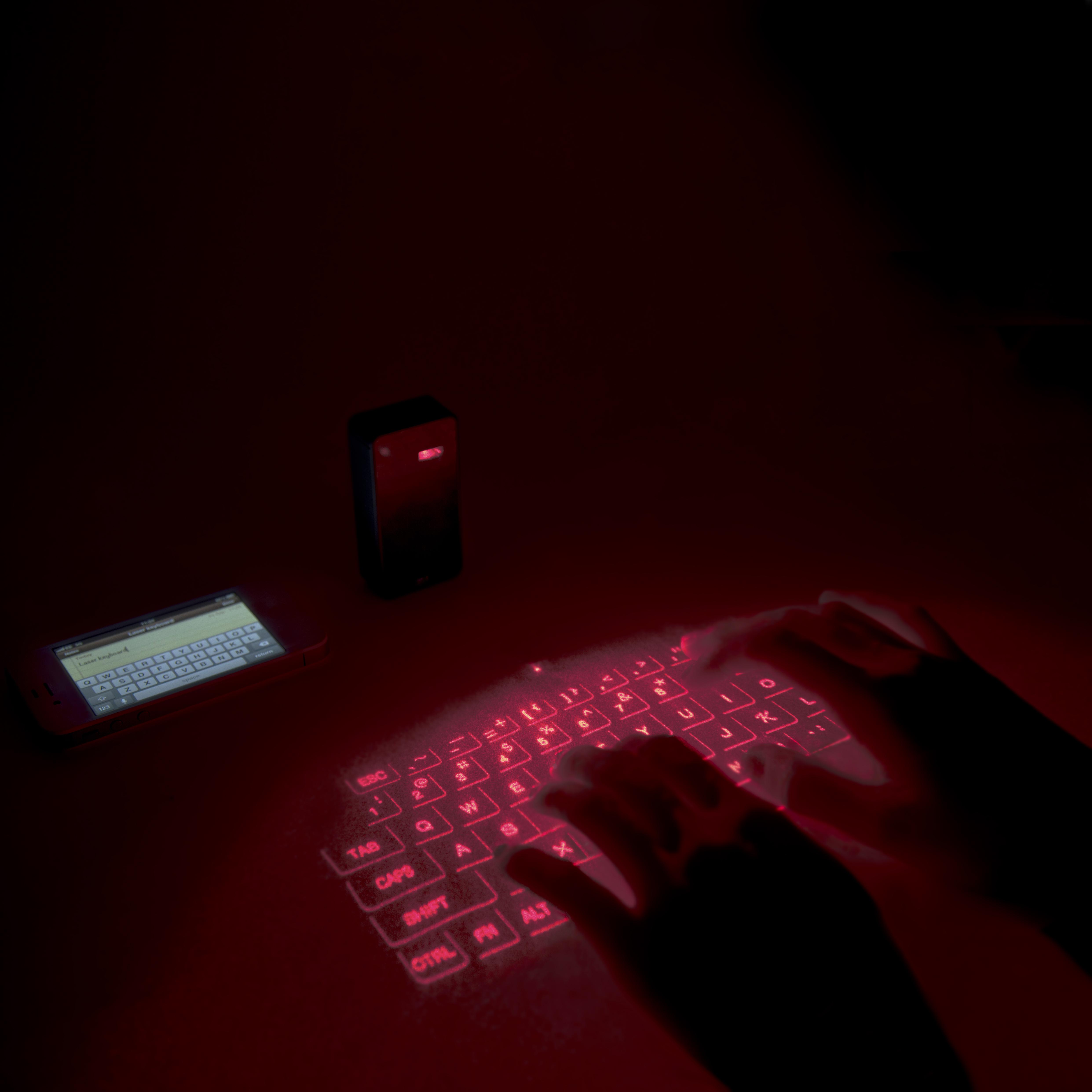 Tastatura Laser – Powerbank 1