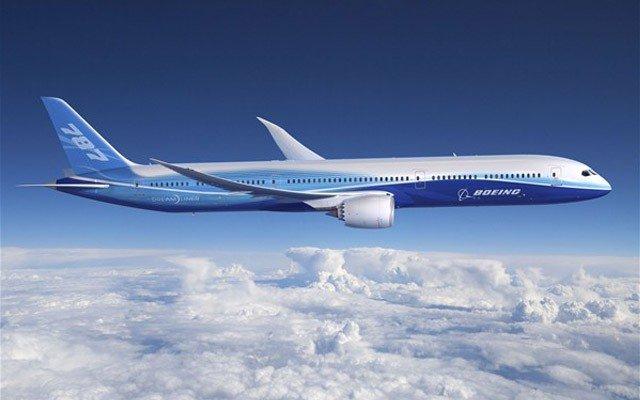 Avionul comercial Boeing 747 1