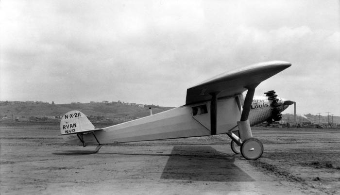 Avionul Spirit Of Saint Louis 1