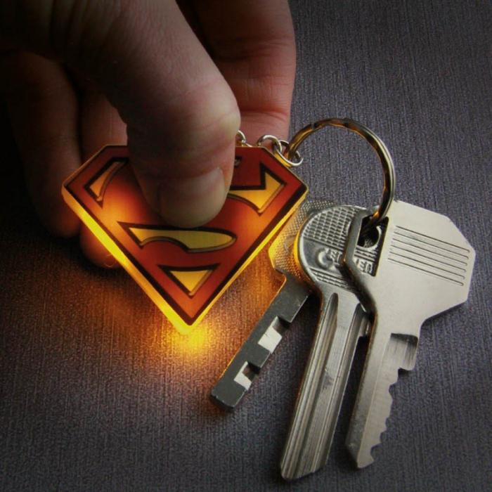 Breloc cu lumini Superman [0]