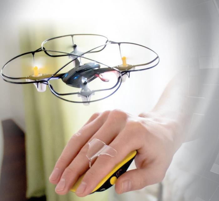 Drona controlabila prin miscarea mainii
